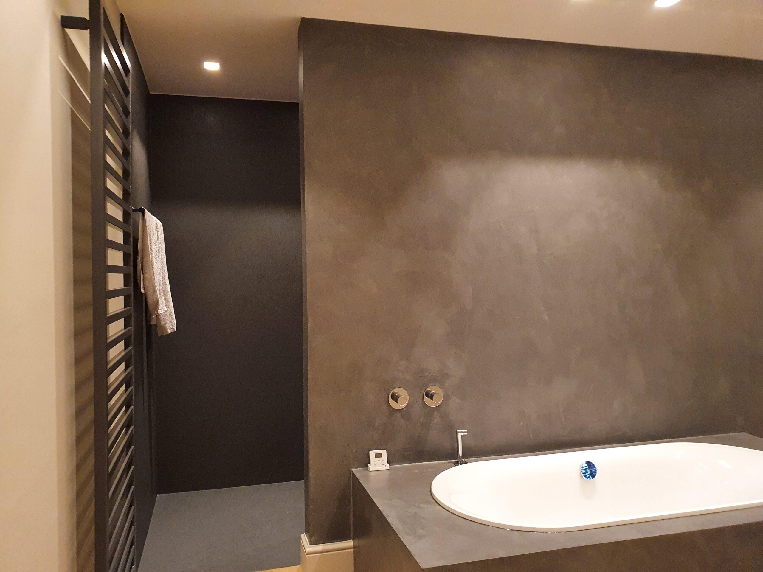 erasenzoon | beton-cire | betonstuc | betonreparatie | badkamer | trap | douche | vloer | muren | trappen